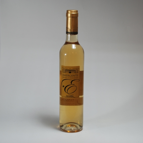 BOTELLA MOSCATEL 50 CL EMERGENTE